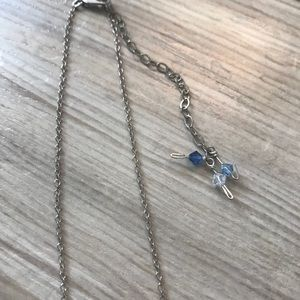 Jewelry - SOLD - Beaded dainty drop necklace